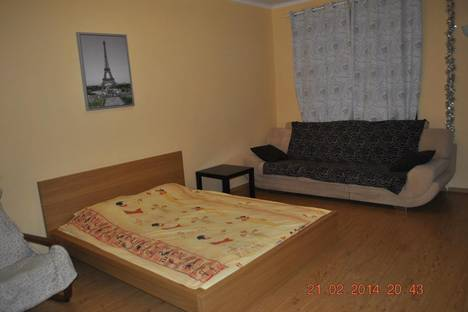 Сдается 1-комнатная квартира посуточнов Воскресенске, Дзержинского 16.