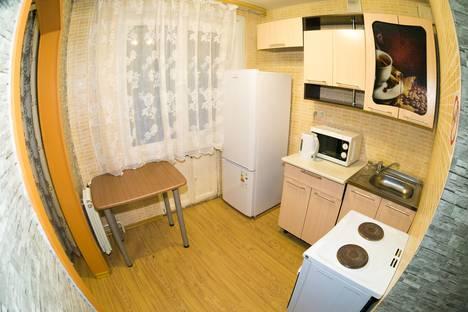 Сдается 2-комнатная квартира посуточно, ул. Спартака, 16а.