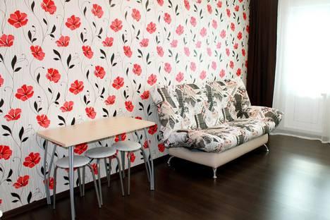 Сдается 1-комнатная квартира посуточнов Кирове, Московская, 121.