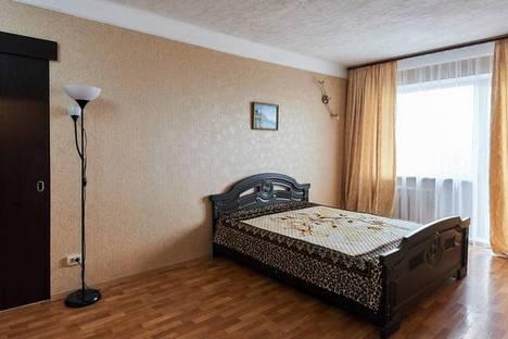 Сдается 2-комнатная квартира посуточно в Ростове-на-Дону, пр. Ленина, 90/1.