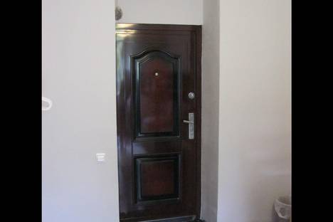 Сдается комната посуточнов Петергофе, ул. Свеаборгская, 23.