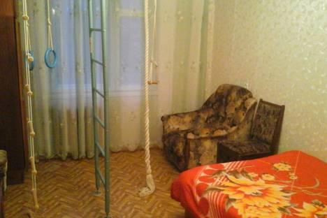 Сдается 1-комнатная квартира посуточно в Пскове, ул. Коммунальная, 42.