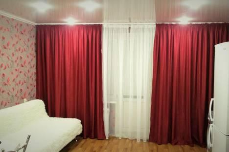 Сдается 2-комнатная квартира посуточно в Набережных Челнах, ул. Раскольникова, 25.
