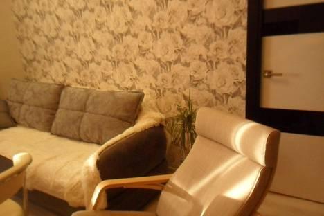 Сдается 1-комнатная квартира посуточнов Кургане, Заозерный,3 микр д 16.