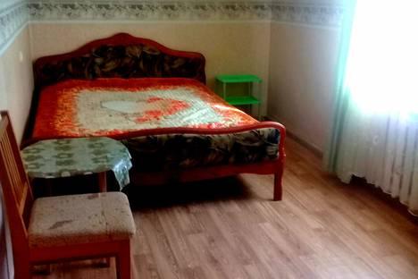 Сдается 2-комнатная квартира посуточно в Таганроге, ул. Инструментальная, 15.