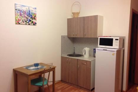 Сдается 1-комнатная квартира посуточнов Екатеринбурге, ул. Ракетная, 18.