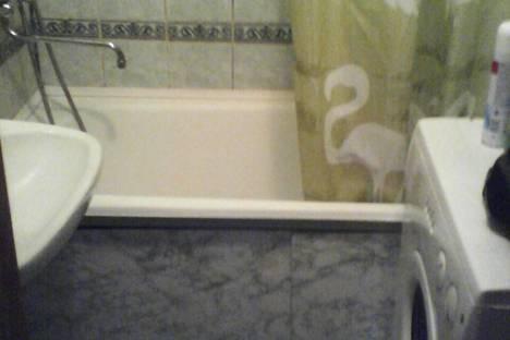Сдается 2-комнатная квартира посуточнов Тюмени, Заречный проезд, 37.