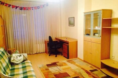 Сдается 1-комнатная квартира посуточнов Екатеринбурге, ул. Металлургов, 46.