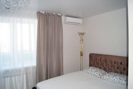 Сдается 1-комнатная квартира посуточнов Екатеринбурге, ул. Начдива Онуфриева, 24к4.