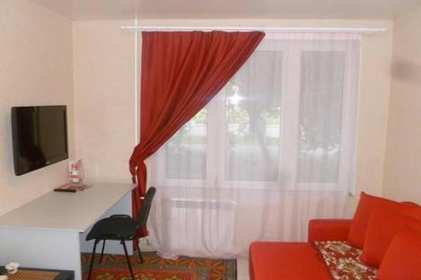Сдается 1-комнатная квартира посуточнов Екатеринбурге, Уральская, 52/1.