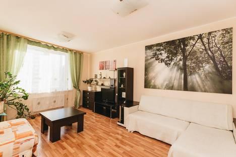 Сдается 2-комнатная квартира посуточнов Екатеринбурге, ул. Шейнкмана, 90.