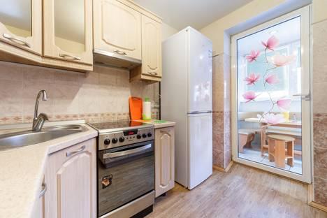 Сдается 2-комнатная квартира посуточнов Екатеринбурге, ул. Ярославская, 17.