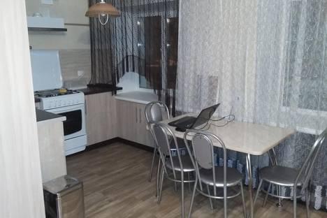 Сдается 2-комнатная квартира посуточно в Оренбурге, просект Победы, 128.