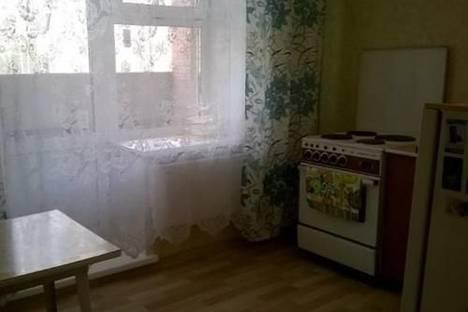 Сдается 1-комнатная квартира посуточно в Лесосибирске, ул. Урицкого, 2.
