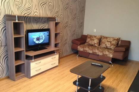 Сдается 2-комнатная квартира посуточно в Абакане, Чертыгашева 102.