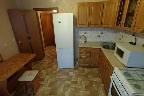 Сдается 1-комнатная квартира посуточнов Казани, проспект Ямашева, 101.