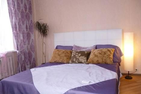 Сдается 2-комнатная квартира посуточно в Орле, Московская улица, 112.