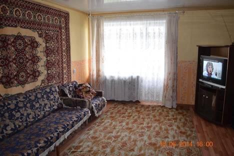 Сдается 2-комнатная квартира посуточно в Твери, пр-т Чайковского, 100.