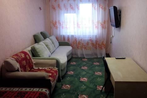 Сдается 2-комнатная квартира посуточно в Кировске, Хибиногорская 37.