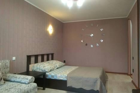 Сдается 1-комнатная квартира посуточно в Магнитогорске, улица Суворова, 99.