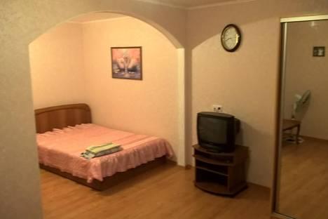 Сдается 1-комнатная квартира посуточно, ул. Боткинская, 6.