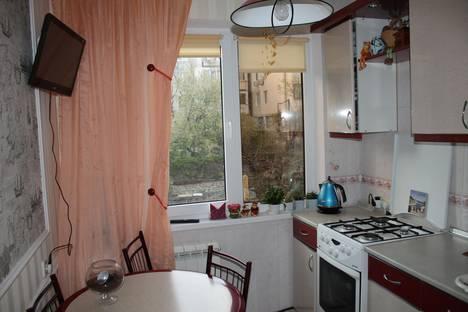 Сдается 1-комнатная квартира посуточно в Алупке, ул.Сурикова 22.