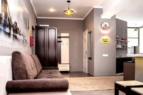 Сдается 1-комнатная квартира посуточно в Днепре, пл. Петровского, 1.