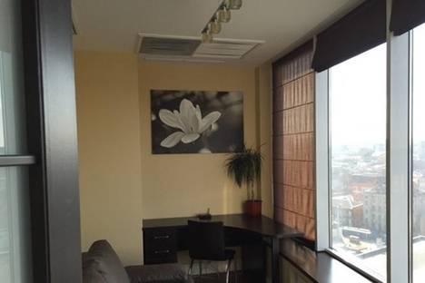 Сдается 3-комнатная квартира посуточно в Днепре, Глинки, 2.