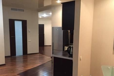 Сдается 2-комнатная квартира посуточнов Новомосковске, Глинки, 2.