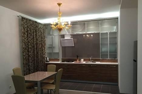 Сдается 2-комнатная квартира посуточно в Днепре, пр-т Карла Маркса, 67.