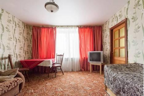 Сдается 3-комнатная квартира посуточнов Санкт-Петербурге, Будапештская, 51.