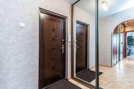 Сдается 2-комнатная квартира посуточнов Дзержинске, Сергея Есенина 16.