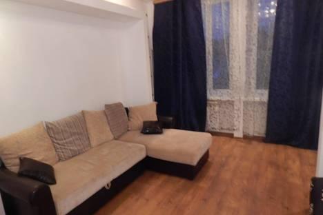 Сдается 2-комнатная квартира посуточно в Первоуральске, Физкультурников, 2.