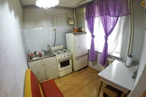 Сдается 1-комнатная квартира посуточнов Чебоксарах, Тракторостроителей проспект, 60.