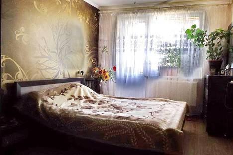 Сдается 3-комнатная квартира посуточно в Саки, пгт.Новофёдоровка ул.Севастопальская 20.