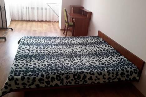 Сдается 2-комнатная квартира посуточно в Саках, ул.Советская 32.
