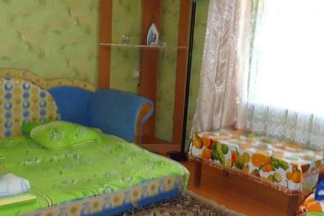 Сдается 1-комнатная квартира посуточно в Саки, ул.Марченко 8.