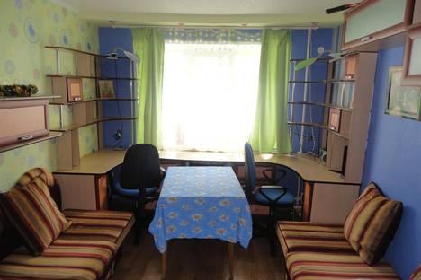 Сдается 2-комнатная квартира посуточнов Чебоксарах, Тракторостроителей проспект, 58.