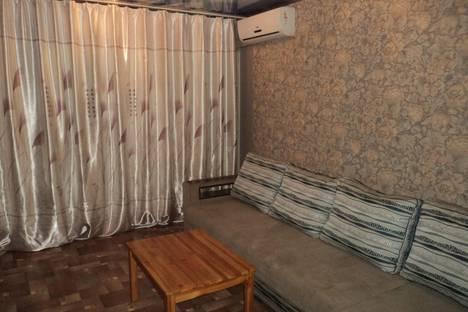 Сдается 1-комнатная квартира посуточнов Новокузнецке, ул. Кузнецова, 4/1.