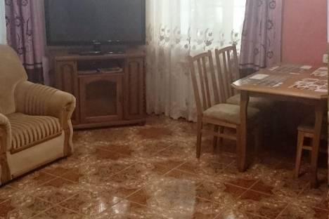 Сдается 2-комнатная квартира посуточно, Володарского 2.