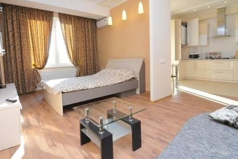 Сдается 1-комнатная квартира посуточно в Кишиневе, Штефан чел Маре, 1.