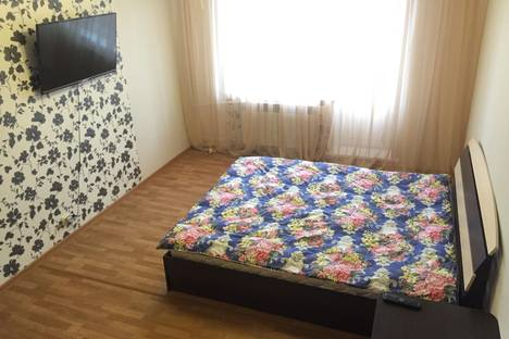 Сдается 1-комнатная квартира посуточно в Бийске, ул. Советская, 219/7.