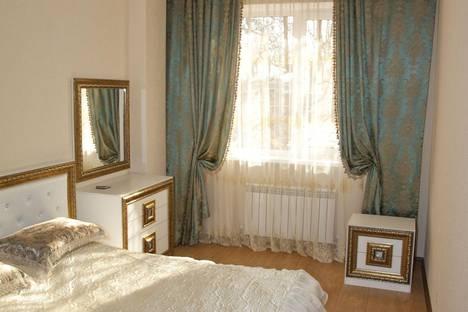 Сдается 2-комнатная квартира посуточно в Ессентуках, Кисловодская 33.