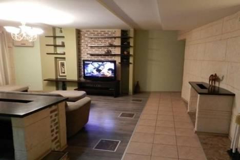 Сдается 3-комнатная квартира посуточно в Кишиневе, бульвар Константина Негруцци, 2.