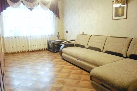 Сдается 2-комнатная квартира посуточнов Белокурихе, ул. Братьев Ждановых, 1.