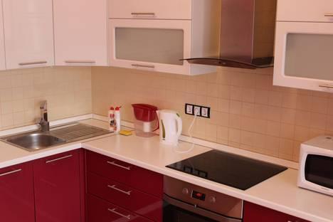 Сдается 1-комнатная квартира посуточнов Тюмени, Московский тракт 143/7.
