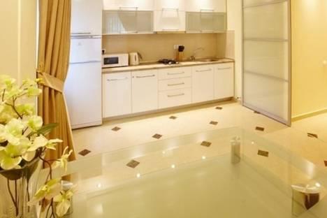 Сдается 2-комнатная квартира посуточно в Кишиневе, Ультрацентр, улица Пушкина 28.