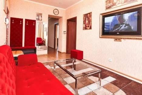 Сдается 3-комнатная квартира посуточно в Кишиневе, ул. Штефан Чел Маре, 64.