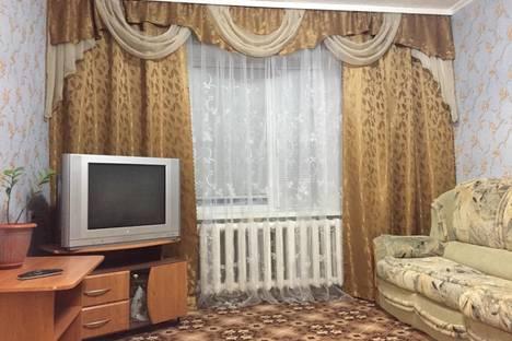 Сдается 1-комнатная квартира посуточно в Усинске, Пионерская,15.
