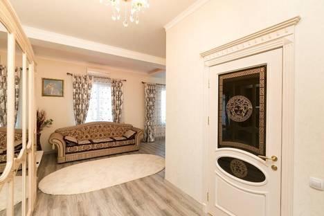 Сдается 2-комнатная квартира посуточно в Кишиневе, Штефан Чел Маре, 124.